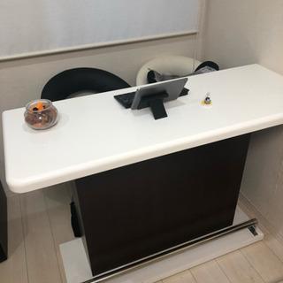バーカウンター&専用白黒椅子