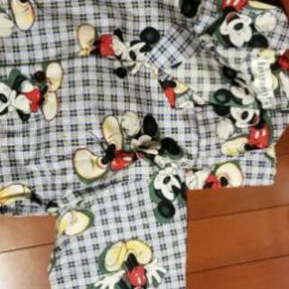 長袖ミッキーマウスのパジャマ