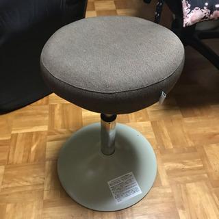 トレーニング椅子(スクワットスリール )お売りします