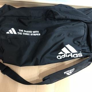 adidas 大型バッグ かなり大きい!