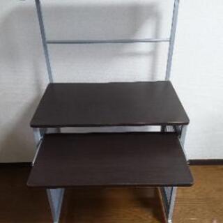 PCデスク!スライドテーブル、使わない時はコンパクトに納められ、...