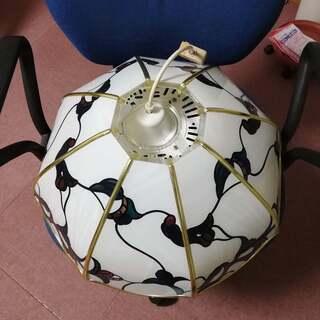 大きめステンドグラス風のお洒落なの照明(傘直径52cm) (引渡...