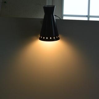 オシャレな黒クリップライト 店頭照明や展示用に  白熱灯スタンド...