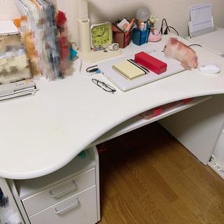 白の学習机