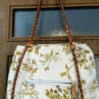 秋物トートバッグ👜花柄布製