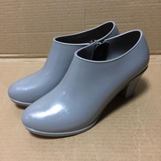 アースミュージックエコロジーの靴