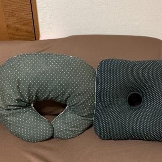 授乳用クッションと円座