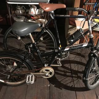 折り畳み自転車 折り畳めない感じです笑