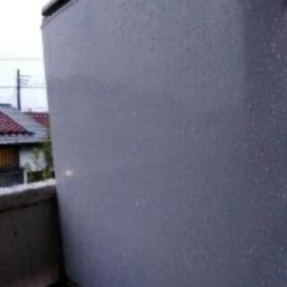サイコロ型 冷凍庫 差し上げます。