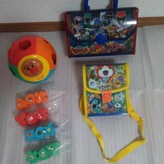 アンパンマン まるまるパズル & 妖怪ウォッチ プラスチックショ...