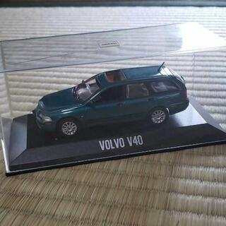 ミニカー ボルボV40