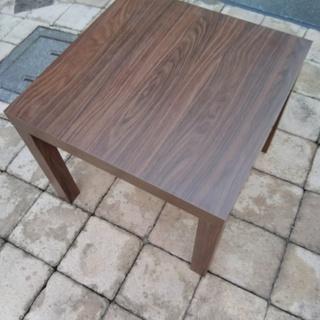 IKEA_木目のサイドテーブルx2