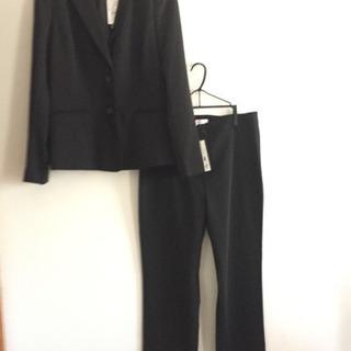 新品 パンツスーツ