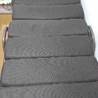 リクライニング折り畳みベッド