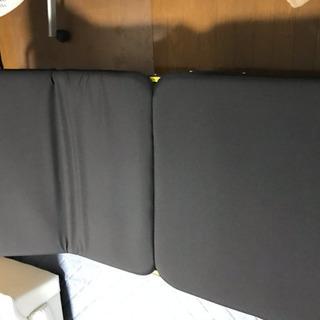 リクライニング折りたたみベッド(美品)