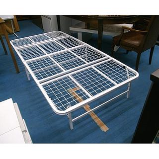 札幌【折り畳み式 真っ白いベッドフレーム】幅95.5cm スチー...