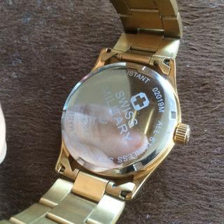 スイスミリタリーゴールド腕時計