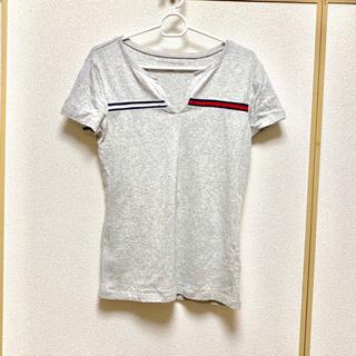 【TOMY  HILFIGER】Tシャツ