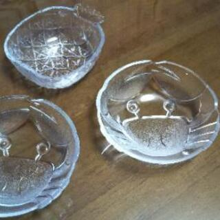 ◆硝子の小皿 カニ型🦀 & パイナップル型🍍◆未使用
