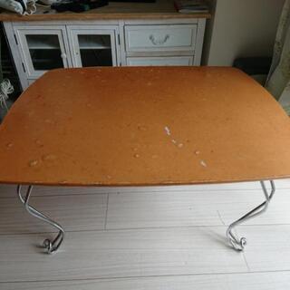 折り畳み猫脚テーブル