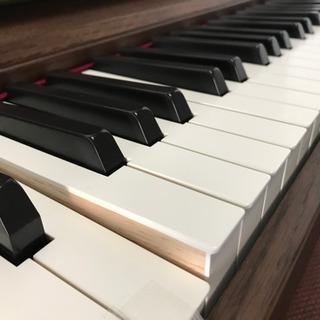 電子ピアノ専門店 ♫
