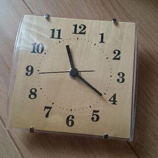 ニトリ掛け置き時計