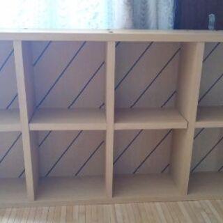壁に吊る本箱(飾り棚)2つ
