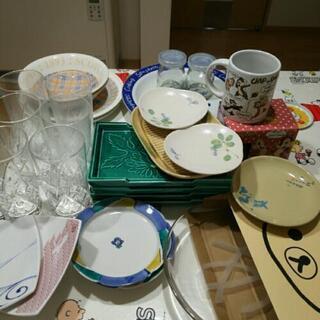 コップ、皿、小皿等他も何か必要なもの付けますよ