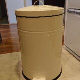 お洒落なゴミ箱
