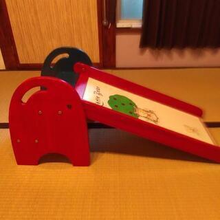 レトロ木製滑り台