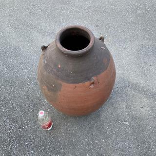 カーミ 壷