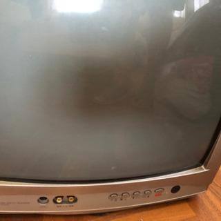 ブラウン管テレビ32型のみになりました