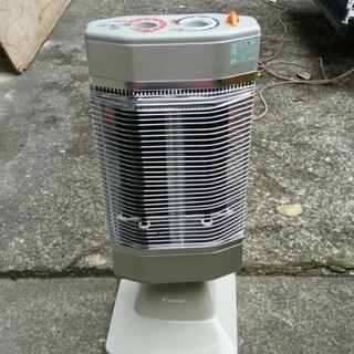ダイキン 遠赤外線暖房機 ERFT11LS