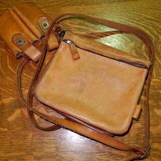横浜 元町ヒロキ製、天然皮革のオリジナルバック専門店から購入した...