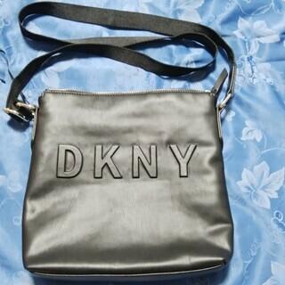 DKNY ダナキャラン New York ショルダーバッグ