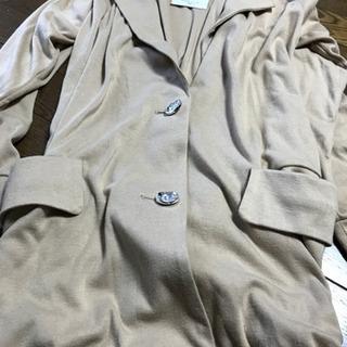 新品 タグ付き 薄めのコート