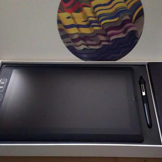 液晶タブレットwacom mobile studio pro 13