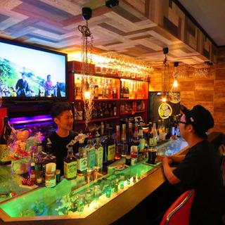 名古屋と沖縄を感じられる隠れ家的BAR