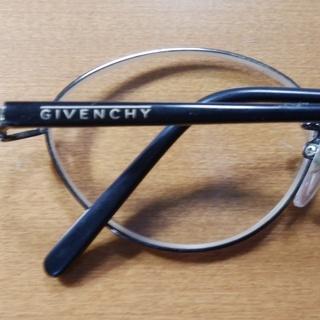 Givency 眼鏡 メガネ チタンフレーム 中古美品