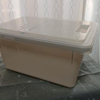 【無料】米びつ 6kg型 ホワイト 中古