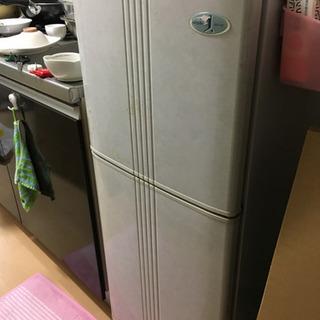 ☆冷蔵庫☆16日21日22日に取りに来てくれる方へ