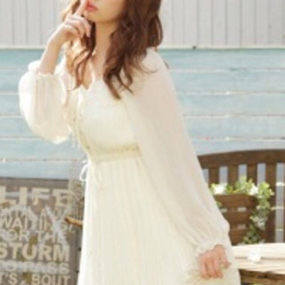 プリーツレースワンピース ホワイト (郵送可)LIZ LISA ...