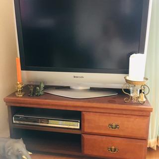 テレビ、テレビボード、HDDレコーダー