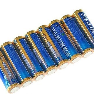 ☆彡 アルカリ乾電池 単3形 8本組