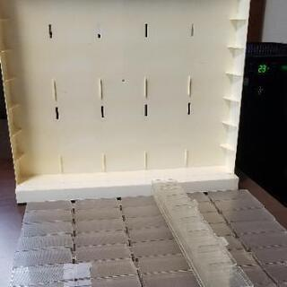 トミカディスプレイケース 什器 40台収納 ジャンク