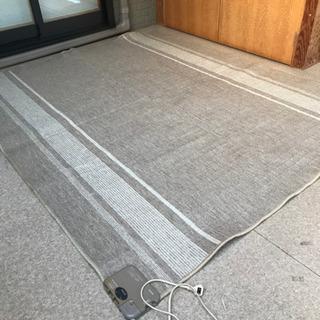 サンヨーのホットカーペット3畳用
