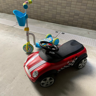 正規ミニクーパー乗用玩具とキックボードのセット