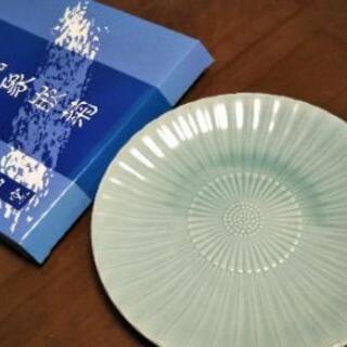 ◆香山窯 青磁象嵌菊◆箱付き未使用