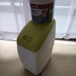 おむつ専用ゴミ箱
