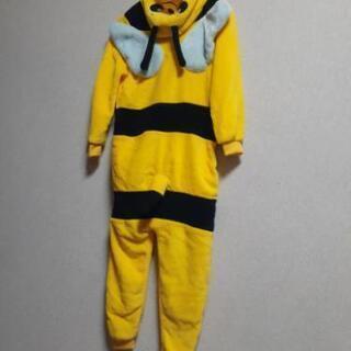 黄色いハチの着ぐるみ